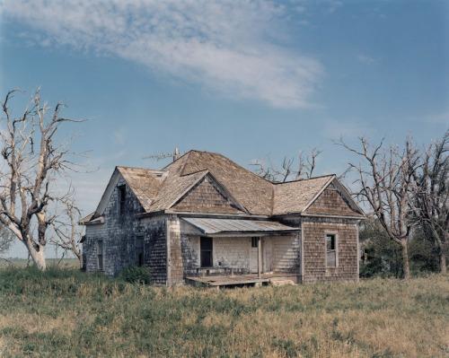 Abandoned-farm-house