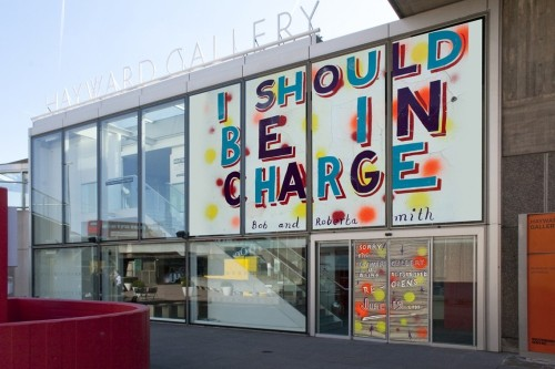 Bob-and-roberta-smith-im-in-charge-1024x682